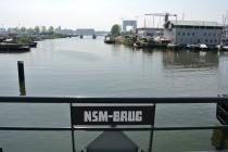 Naambordje op de brug<br/>Foto: Ruud Slagboom